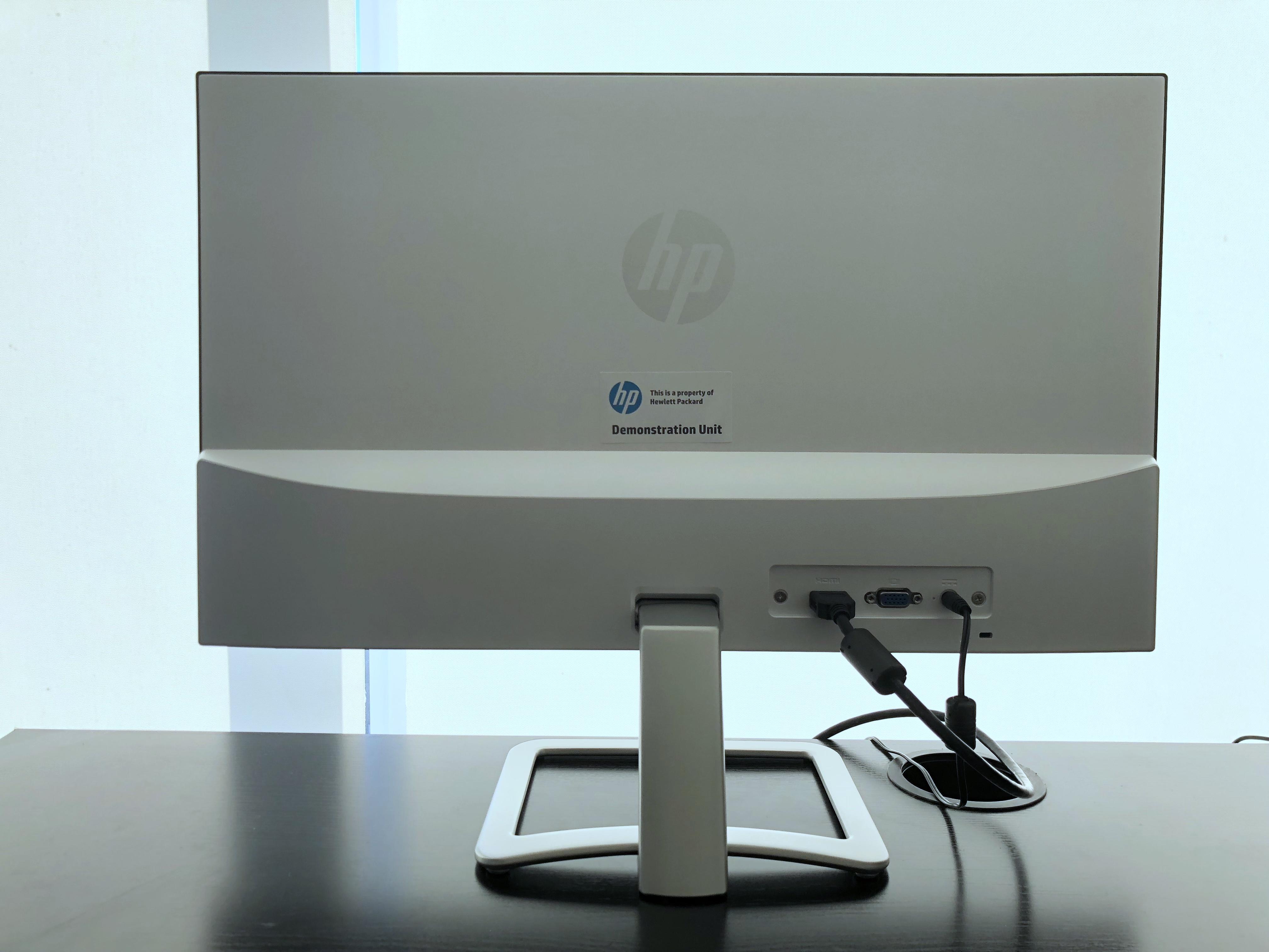 HP 24er背面