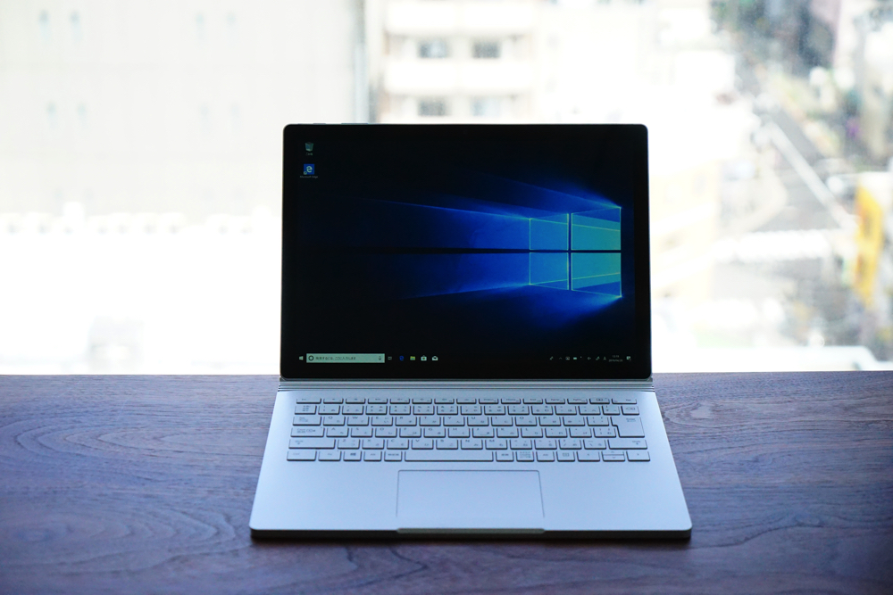 Surface Book2本体