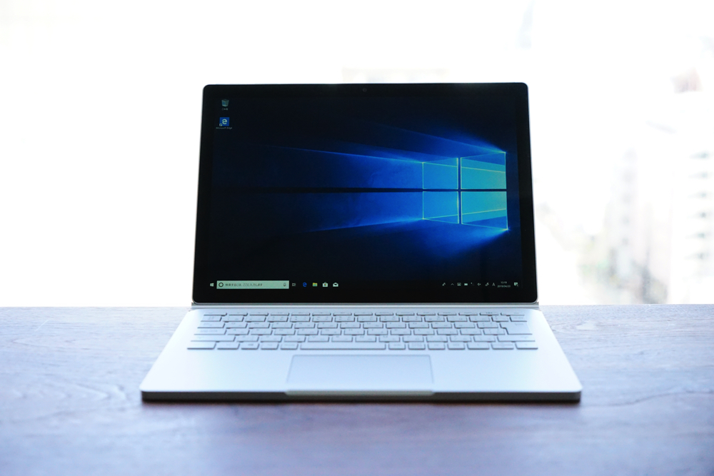 Surface Book2 正面