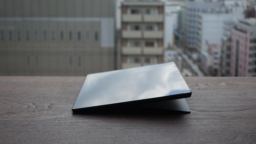 Surface Pro 6 傾斜